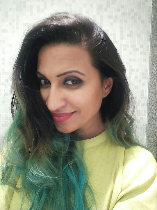 THAT GIRL WITH GREEN HAIR  #greenhair #hair-do #haircolour #greenlove #anchor #host #emcee #kavea #love #fashion #women-fashion