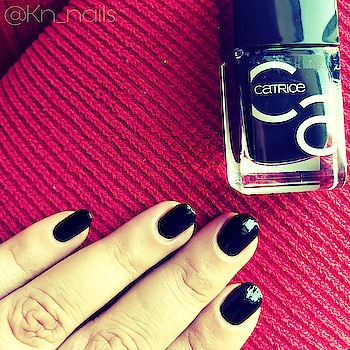 """Review and swatch  Swipe to see more.. Here is my 1st swatch for catrice nail lacquer- A pure joy of life Ico nails gel lacquer It's 10.5ml bottle.  Beautiful shade no. 20 """"black to routes"""" (must have this shade) Nail polish texture with high coverage Require 2 coats for perfect finish Smoothly glide broad brush Enriched with acai oil Lasts up to 7 days without top coat, perfect gel finish GLOSS SEAL'RTM technology  Catrice is basically European makeup brand. All range of beauty products.  Vegan No to testing on animals  You can find it @ Www.amazon.in/beauty/shopping (445rs. For nail lacquer) Www.catrice.eu Www.kosmetic4less.de (2.95 to 3.45 euro)  Let me know if you have any queries or like this post do comment. Thank you  @catrice.cosmetics @amazondotin #catrice  #nailpolish  #nailstagram  #nailsofinstagram  #suratcityblogger  #suratbased  #naillaquer  #nails 💅 #nailsoftheday #nailpaint  #black  #polish  #amazon  #swatches  #nailswag  #nailswatch  #review"""