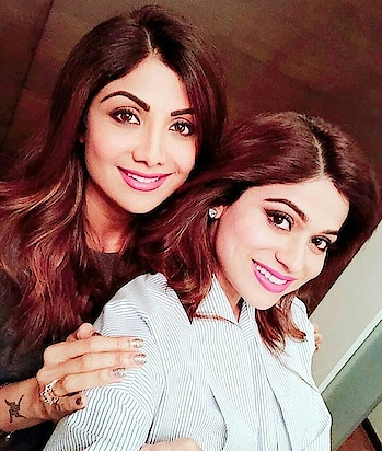 #silpashettykundra #shamitashetty #sisterhood #sistalove