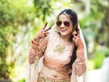 Swagger brides like these are our favorite!!! Shop for such amazing lehengas & jewellery from WedLista.com.  Shot by: @plushaffairs  #WedLista #FashionForWeddings