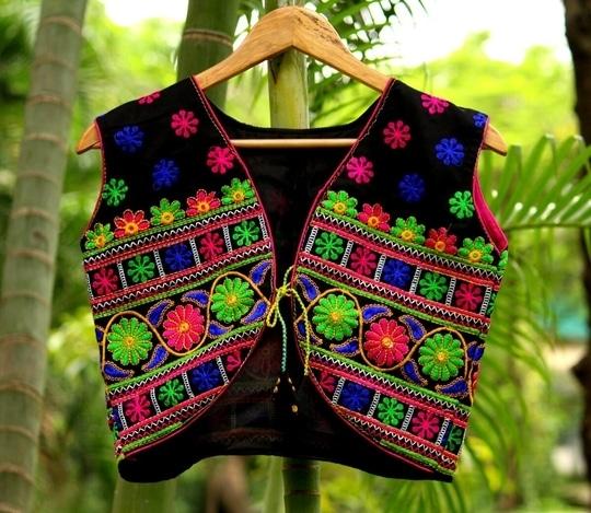 #ethnic-wear#koti#black#base#flowers#pattern#both#side#work#kutchembroidered#cotton#koti