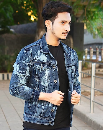 Bleach Out And Ripped Denim Jacket By @koovs  Street/Comfort Combo.  For more Fashion And Lifestyle Updates Follow @mujahid_   . #koovsxyou  #rippeddenim #denimjacket  #byblumaan  #mensfashion  #mensstyle  #mensfashionpost  #mensstylogy  #menslook  #streetstyle  #mensblogger  #summerstyle  #heliumformen  #fashionblogger   #fashionbloggerindia  #indianfashionblogger  #indianblogger  #indianinfluencer  #mumbaiblogger  #mumbaiinfluencer #mumbaifashionblogger  #lifestyleblogger  #maleblogger  #lifestyleinfluencer #influencer
