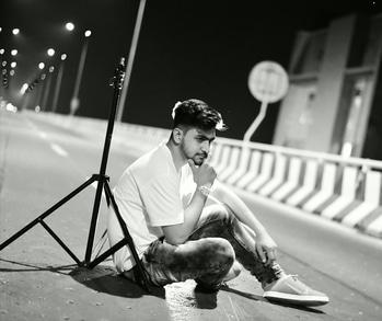 ਮਿਹਨਤਾ👏 ਚੱਲ✔ ਰਹੀਆ👉 ਨੇ ਜਲਦੀ ਅੱਗੇ👣 ਆਵਾਗੇ   ਦੁਨੀਆ🌏 ਖੜ ਖੜ👣👣ਵੇਖੂ 👀ਐਸਾ ਨਾਮ✔ ਕਮਾਵਾਗੇ #elegant__boy   https://www.instagram.com/elegant__boy/ https://www.instagram.com/elegant__boy/  #model #instagram #famesbeauty #modelo #mark5diii #village #amritsar #swaag #fashion #trendsetter