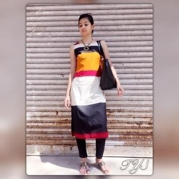 Ikat cotton sleeveless kurta  INR - 1999  #theyarnstory#roposo#ikat#cotton#sleeveless#kurta#stylishwear#smartlook#workwear