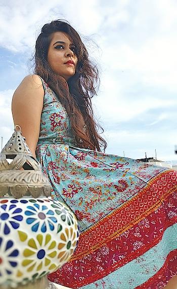 Even the sky is not my limit.  BELIEVE  #hope #faith #believe #fashionist #fashionblogger #delhiblogger #fashionpost #fashiongram #stylegram #fashion #instastyle #instadaily #bloggergirl #standalone #staystrong #stylish #colorfulworld #instafashion #fallfashion #streetstyle #lfl #fbf #ootd #paaresharma