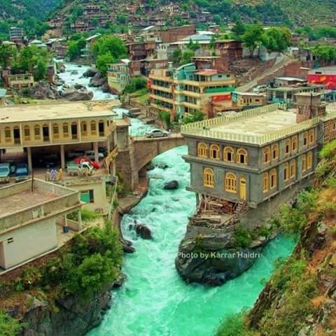 Bahrain, Swat Valley.  ☀ ▪Tag Someone You'd Like Go With 😍!! ☀⚊⚊⚊⚊ ▪↪Go To Follow @eourh for other amazing photos and Videos 😊!!⚊ ⭐ ⭐ #eourh ⚊⚊⚊⚊ #exploreeverything #roposolove #mothersnature #traveladdict #nature_perfection #ourplanetdaily #worldcaptures #niceview #explorer #adventures #adventuretime #earth #adrenaline #traveling #travel #traveligram #travelphotography #sightseeing #tourists #watercolours #traveller #love #party #nature #window #house #paradise #incredible #roposo #style #friend #roposostylefiles #soroposo #forest