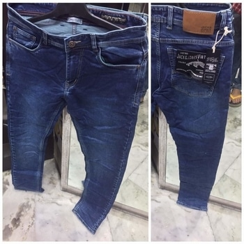 #uc QUALITY DENIMS FOR MEN   Brand: WRANGLER-ARMANI-GAS-DIESEL-LEVIS-GUCCI-VERSACE N MANY MORE  FABRIC: COTTON MIXED DENIM LYCRA ( STRETCHABLE )  FIT : NARROW (NA PAJAMA NA PAJAMI)  Sizes : 28-30-32-34-36-38-40-42-44   PRice : 1299 free shipping (28 to 38)  1499 free shipping (40-42-44)