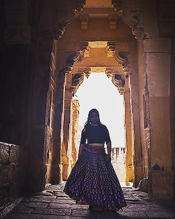 Take me back! . . . #mehrangarhfort  #jodhpurdiaries  #rajasthan  #rajasthantourism  #mdblogs  #creatorshala  #ethnic  #bridesmaids  #chandigarhblogger  #brides  #lehenga  #bridesofindia
