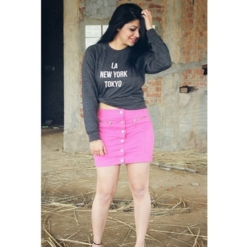 Slaying in this cute skirt from @armaniexchange and cool sweat shirt from @forever21  . . . #fashionblogger #chandigarhfashionblogger #allindiabloggers #chandigarhian #popxoblognetwork #popxoblogger #ropodaily #ropo-love