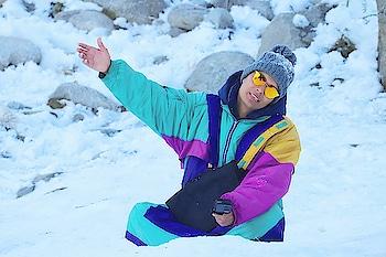 Manali snow point...... #prank  #comedyvideos  #vines  #dancelife  #fun  #enjoy  #travel  #pb03  #bathindan  #delhifun  #laugh  #hahajokes  #smile  #funnymemes  #funnyfriends  #car #snowing #manali #solangvalley #himachal #😂😂😂😂😂😂😂😂😂😂😂😂😂😂