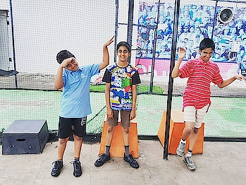 These three idiots are golfers, they love working out , crossfit high-intensity exercises   We should appreciate their dedication and consistency    #boys #brothers #golfers  #hiitworkouts #crossfit #ravisfit #coimbatorefitness