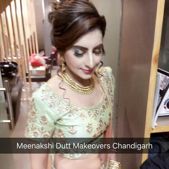 Christmas & New Year offer Discover the  NEW YOU with MEENAKSHI DUTT MAKEOVERS CHANDIGARH  Makeup at ₹2,499; includes-  *Face clean up *Head wash *PARTY MAKE UP with EYELASHES  *Hair do  *Nail Paint  *Dress Drapping  Book your slots.  Offer Valid till 31st December, 2017.  Call: 0172-4174466 or 8284081000.  Or visit us at SCO-15, Sector 10, Chandigarh. #bridalmakeupartist #bridesmaids #makeupforlife #women-fashion #weddding #wedding-bride #weddingmoments #partymakeuplook #partydiaries #chandigarhfashionblogger #chandigarh #panchkula #mohali #bloggerpost #makeup and eyes makeup #makeup classes #makeup and beauty #bridal-fashion-designer #bridalstories #ludhianadiaries #jalandhar #yamunanagar #women-fasion #groom #bridetobe