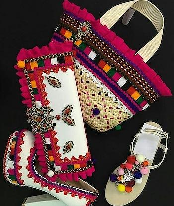 #ropo-style #handbaglove #highheels #woman-fashion #womensfashion