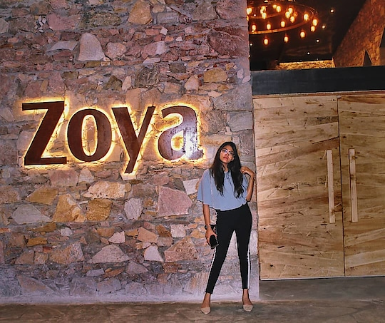 I'm super excited to introduce the best restaurant in Jaipur yet with beautiful structure and delicious food. @fortjaipur, We love you!! ❣️ I'm amazed with such a beautiful and super amazing place in town where we can get anything and everything to eat in the four parts at one place. Sultanat, Zoya, Chowk and Jashn are the four insiders of Fort where you'll get different speciality of food & Jashn is a banquet with a breathtaking ambience❤️ Swipe right to see just a glimpse of food 😍 . . Must visit! #fashion #ootd #style #fashionblogger #fashionista #jaipurblogger #jaipurbloggers #ny #food #foodlove #foodblog #foodie #foodlover #foodporn #foodies #zoya #fortjaipur #foodtasting #mytaste2k18 #bhukkadfam #fabebg #treasuremuse ❤️#roposo #soroposo #ropo-love #ropo-good #roposostyle #roposogirl #roposostickers #roposolive #independentwoman