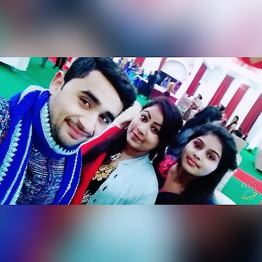 #schoolfriend #friends #best-friends #collegefriends #bff #celibration #party #wedding-dress #wedding-outfits