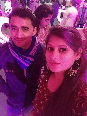 #wedding #wedding-bride #wedding-outfits #wedding-suits-designer #best-friends #friends #bffgoals #schoolfriends