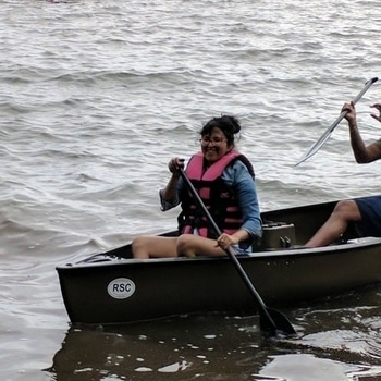 Canoeing for the first time that too during high tide..  #canoeing #adventure #adventuretime #hubbyandme #hightides #firsttime #hecantevenswim #successful #lifejacket #pink #scaredtheshitoutofme
