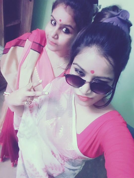 ms & my bhanji. 😂    gd frd also 😅 💃