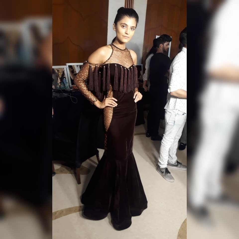 #myworks #model #mydesign #designerlife #designerlove #couturerunwayweek #fashionshow #fashion #fashionshowdesign #workmode
