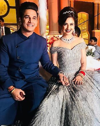 #filmistaan #fashionquotient #bollywood#wow #couplegoals #privika #princenarula #yuvika #cutecouple #receptionlook #amazing #look #adoreble #blessed #wow #tvserial