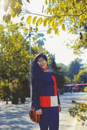 | B L O G G E R S  S H O O T S | Face: Nishi Athwani (@nishiathwani  ) Photography & Retouched by: Syed Rahil Ali (@rahil_photography) Location: Zoo, Lucknow.  #stylenishspectrum #roposolove #roposo #instapic#blogger#lucknowblogger#indiablogger#styling#blogster#blogging#instaforever#fashioninsta#styleinsta#trendingfashion#newlook#followme #followforfollow #picoftheday #like4like #likeforfollow #ropsofashion #roposophotography #ropososhoot  #photography