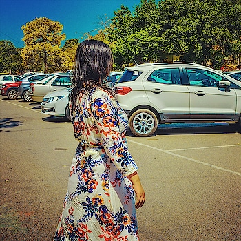#FashionFriday - Who is ready for a summer look book?! Coming sooner than you think! picture credits: @shreya0912 . .  #blogger  #travel  #travelgoals  #car  #vacation  #summer  #summergoals  #chandigarhfashionblogger  #fashionblogger  #fashion  #delhifashionblogger  #mumbaifashionblogger  #mdblogs  #bangalorefashionblogger  #white  #internationaltravel #wanderlust  #indianfashionblogger  #whatiwore  #ertiga #una  #indianbloggernetwork  #fashionphotography