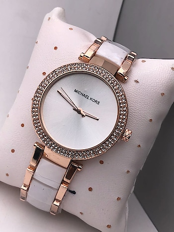 Michael kors watches 😍 7 @ quality product😍😍 WhatsApp - 8010080202 #mkwatch #mkbags #mkbag #mkwatches #mkwomenwatch #michaelkors #michaelkorsbag #michaelkorswatch #michaelkorswatches #mklove #mklovers #wrist-watch #gorgeous-wrist-watch #roposo #roposolive #roposohome #roposo-fashiondiaries #