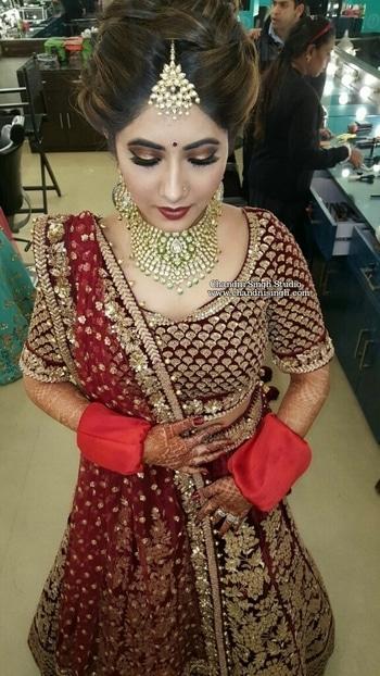 My stunning bride Ria ❤ Intense smokey eyes with dark lips for this lady 😗  Makeup by Chandni Singh 💁  Chandni Singh Studio, E 16, Upper ground floor, Hauz Khas, New Delhi 110016 www.chandnisingh.com 💁 ☎01141666441/42  #makeup #mua #makeupaddict #makeupexpert #chandnisingh #smokeyeyes #lashes #bridalmakeupartist #bridalmakeup #bridalmua #bridalstudio #makeupstudio #makeupguru #educator #bride #brides #indianbride #indianbridal #indianbridalmakeup #indianbridalattire #csbride #chandnisinghstudio #chandnisinghbride #roposo #roposodaily #roposo #roposobeauty #roposobride #soroposo