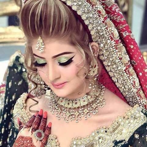 """#SalonjobsinPunjab #Ludhiana #Patiala #Jalandhar #Pathankot #Amritsar #Batala  #Jobs #Salonjobs #Hairjobs #hairstylist #Makeup #skincare #beauticians #pedicurist  #Nailart #Frontdesk #Telecaller #Marketing in given location trails updates just Click on link on """"Quick Resume"""" Submit or Whatsapp 9256476287 or Email:- kainthconsultancy@gmail.com  http://kainthconsultancy.com/salon-jobs-in-north-india/"""