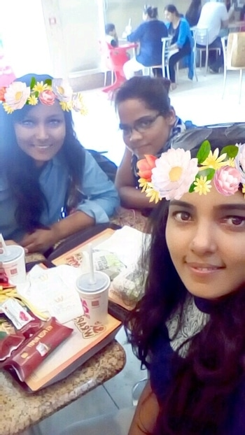 #bff #meeting_after_long_time #lady_love #nitto #lots_of_snaps #loveforfashion #reposodaily #deepikapadukone #black #noseringswag #divyaemporio #facebookpage #fashionicon #extraordinary