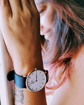 Bayswater, my new favourite classic by DW is here! Sleek design, stylish look and my favourite Midnight Blue strap! Get yours now @danielwellington and also avail exclusive 15% off with my code 'SSB15' online and standalone DW stores!  #DanielWellington #DWNewClassics ************************************* #watchme #watches #watch #watchesofinstagram #watchporn #watchfam #watchaddict #watchoftheday #watchnerd #watchlover #watchgeek #watchcollector #watchmania #watchuseek #instawatch #watchanish #luxury #wristporn #watchmen #horology #fashion #dailywatch #timepiece #luxurywatch #wristwatch #wristshot #watch