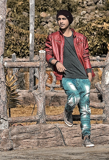 #picoftheday #sahilsingh #sahil_singh #followme #pose #style #fashion #winter #winterfashion #portrait #portraitphotography #photoshoot #roposodaily #roposomodel #roposo