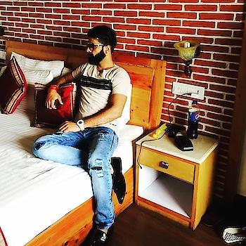 Needing Nothing, Attracts Everything ! #dj  #djakshat  #ropo-style  #beard  #beardman #beard-model  #djlifestyle #roposoworld  #AKSHAT_MUSIC 🎧❤