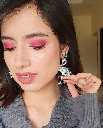 Update your Mid-Week Style Diaries! ✨  https://www.theredbox.co.in/en/product/crystal-flamingo-earrings/   and Shop Now 🛍️ . . . . . #theredbox #theredbox #stylediary #midweek #fashionjewelry #makeuplover #blingbling #fashiondiaries #liveglam #everydayfashion #instajewelry #india #london #newarrivals