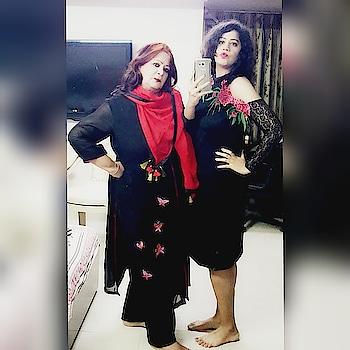 #twinning #mirrorselfie #mommyandme #selfielove #poser #poseposepose #ropo-love #soropogood #ropo-style #ropo-love #ropo-good #soroposolove #ropo-girl #loveforblack