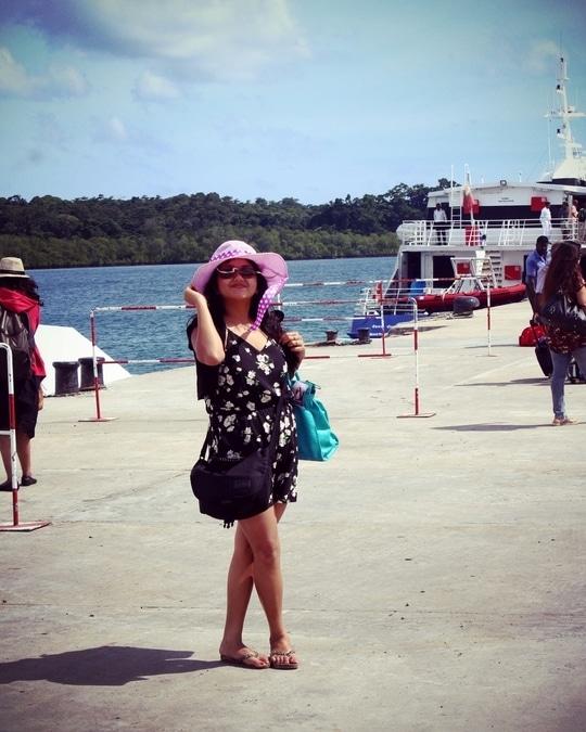#roposostyle #roposogal #andamanislands #traveldiaries #ship #ocean #waytohavelock #jumpsuitlook #hatstyle