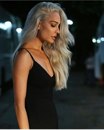 Lisa Haydon goes platinum blonde. Views? #lisahaydon #bollywood #haircolour #platinumblonde