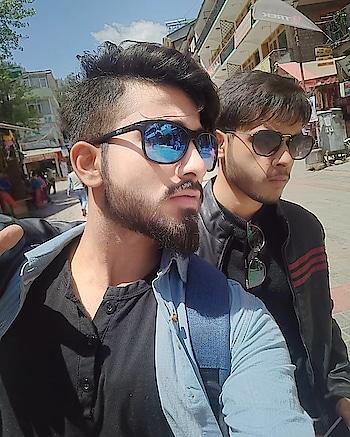 #sunday #sundaypost #rops-style #sundaymood #sundaymorning #instagramer #instastyle #potraitphotography #friendslikefamily #friends #beard #beardedmen #best-friends #friend-for-ever #life # awesome