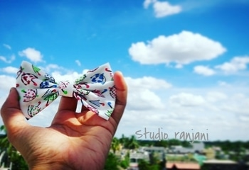 Getting ready for mansoons then your shld definetly grab these  #bows  #bowaddict  #studioranjani  #plentybows #bowstore  #morebows  #accessories  #supportsmallbusiness inbox us to place orders..