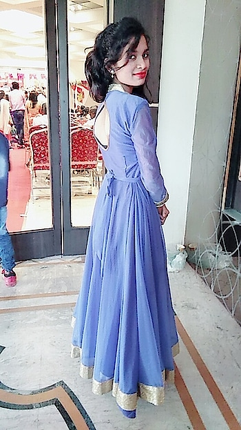 """""""My style motto is pretty classic: you give off a positive energy when you wear what you're most comfortable in.""""#styles #purple #weddingpic #backlessdress"""