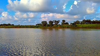 click by mobile not by DSLR  #nature #natureatitsbest #nature_shooters #naturephoto #naturepic #naturesbeauty #natureworld_photography #nature_prefection #😍 nature #natureonly #ropo-nature-lover #naturepgotography #natureloving #natural beauty #blueskies #bluesky #river #riverghats