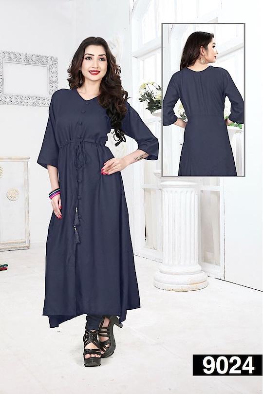 www.uniqkart.com present #styleoftheday #navyblue #colors #woman-fashion #kurti   Size :- XL  PRICE:- 899 WITH SHIPPING   #online-shopping #women #womanclothing #kurti #fashion-blogger #fashion