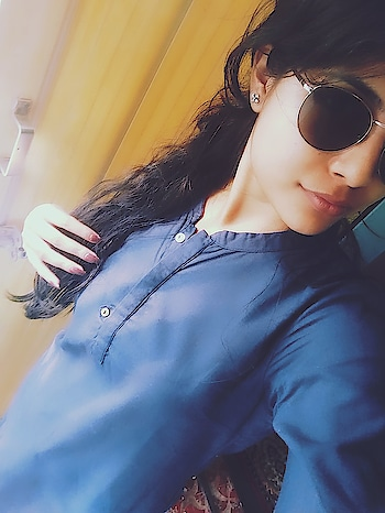 #soroposo #roposo-mood #selfielove #ethniclove #desivibes #roposogal #blogginggirl #shadeslove