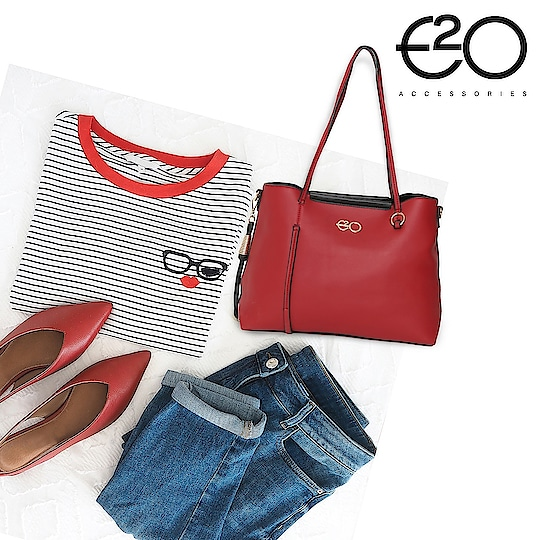 When you are all excited to call in the weekend, wear your choicest pick! #E2oFashion