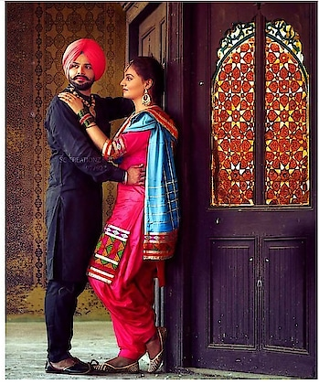 #lovable 💘#romanticcouple 💗#pose #punjabilook #suit #roposo-creative #indrajeet 🦁