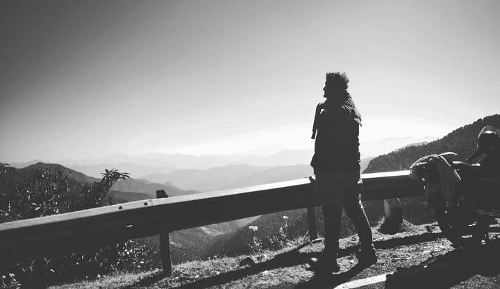 When you are at the peak of the mountains........!! . . Badrinath-tugnath trek . Roadtrip . .  #travel #travelling  #vacation #visiting #traveler #instatravel #instago #wanderlust #trip #holiday #photooftheday #lifeofadventure #doyoutravel #tourism #tourist #instapassport #instatraveling #mytravelgram #travelgram #travelingram #igtravel #instalife #ig_worldphoto #snypechat #lovelife #traveling #travelblog #instago