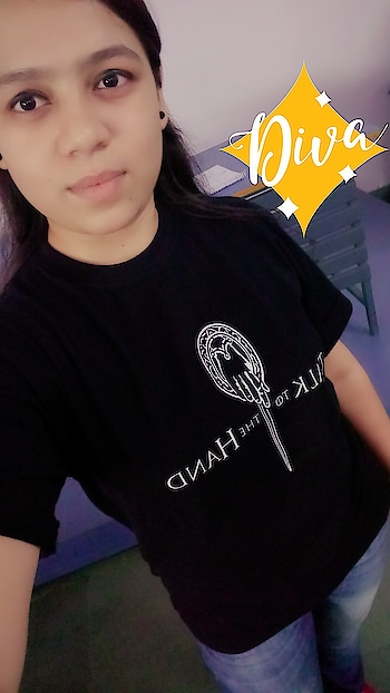 #fashiondiva #customisedtee #talktothehand #befashiondiva #comfytee #soroposo #nagpurblogger #nagpurtimes #diva