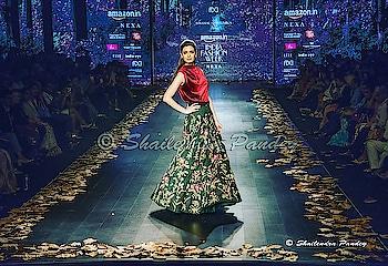 @dianapenty #DianaPenty walks the ramp during the Amazon India Fashion Week AW18 in New Delhi on 14/03/2018.  Photo by Shailendra Pandey @thefdci #AIFWAW18 #AIFW  #LetItPret #AIFWAW18 #fdci #nexa #honorindia #IndieEye #liva #elleindia #pearlacademy #studiox #SetWetIndia #aifw@amazonfashionin @nexaexperience @hihonorindia @livafashionin @tomtailor_india @elleindiaofficial @pearlacademy #bollywood #actress #film #movies #fashion