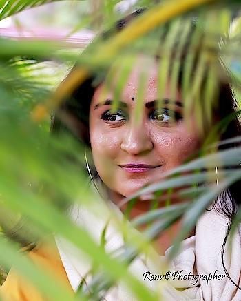 I see you. 👀 . . . . #portrait  #fashionphotography  #indianfashionblogger  #chandigarhfashionblogger  #chandigarhblogger  #chandigarh  #closeup  #mdblogs  #creatorshala  #doubletap  #details