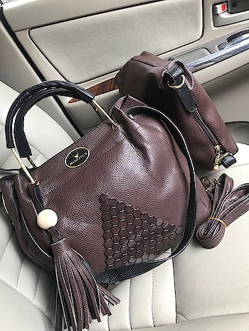 *HIDESIGN COMBO * *DIWALI.  Sale*     7A BAG   Imported material  Two way Carry  Wrist handle n shoulder carry too  Awesome quality  whatsapp- 8010080202 #bag #stylish-bags #baglove #bag-it #bagged #love-bag #bagaddict #bagsshopping #mktg #mkwatch #mkbags #mkbags #mkwatches #hidesign #hidesignluv #hidesignbags  #wrist-watch #watch-casio #gshock_in #gshock #gshockwatch #ropo-love #roposo #ropo-good #roposo-mood